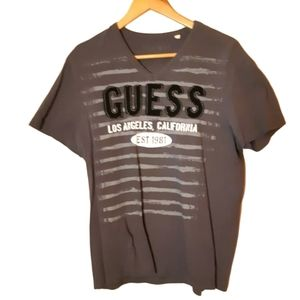 Guess | raised logo vneck California tee